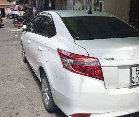 Cần bán xe Toyota Vios đời 2017, màu trắng0