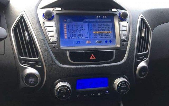 Bán ô tô Hyundai Tucson năm sản xuất 2011, màu xám  4