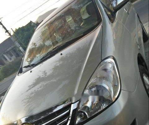 Bán Toyota Innova sản xuất 2008, màu bạc, nhập khẩu nguyên chiếc xe gia đình0