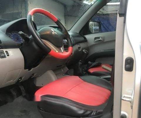 Bán Mitsubishi Triton năm sản xuất 2008, màu bạc, xe nhập4