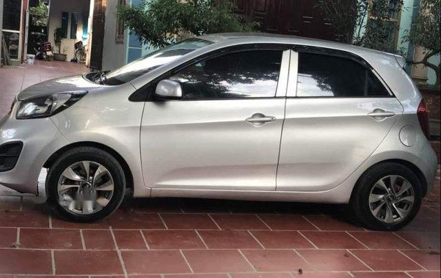 Chính chủ bán Kia Morning Si 1.25 MT năm 2013, màu bạc. Giá chỉ 220 triệu0