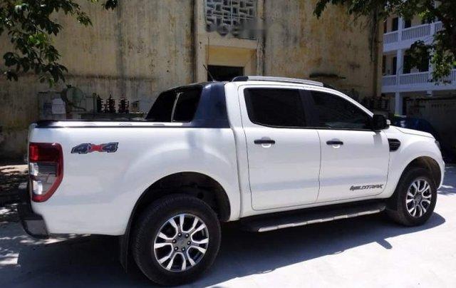 Bán Ford Ranger Wiltrak 3.2 đời 2018, màu trắng, siêu đẹp5