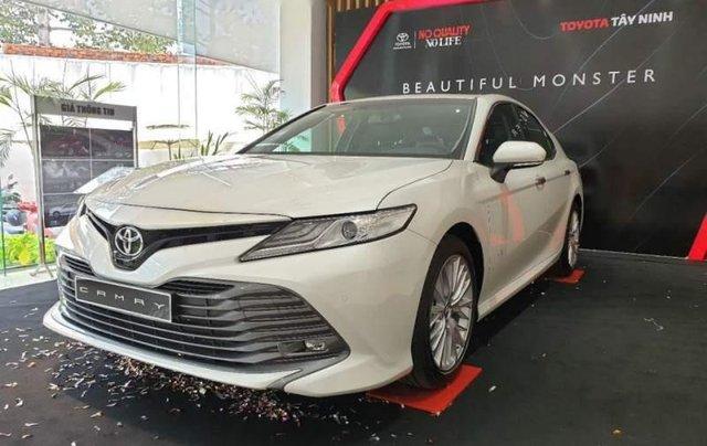 Bán xe Toyota Camry 2.5Q năm sản xuất 2019, màu trắng, nhập khẩu1
