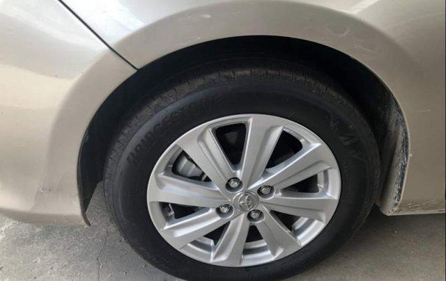 Gia đình bán Toyota Vios G đời 2015, màu vàng cát3