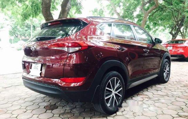 Bán gấp Hyundai Tucson 2.0AT năm sản xuất 2016, màu đỏ, nhập khẩu2