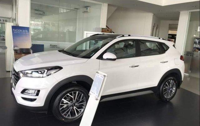 Bán xe Hyundai Tucson đời 2019, màu trắng, xe nhập1