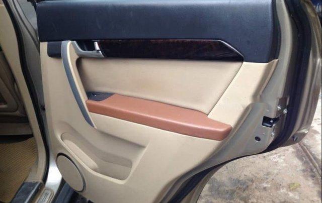 Cần bán xe Chevrolet Captiva đời 2009, màu vàng cát, số sàn3