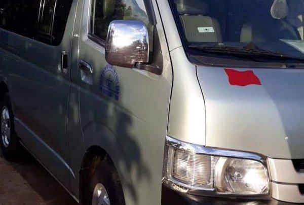 Bán Toyota Hiace sản xuất năm 2019, nhập khẩu5