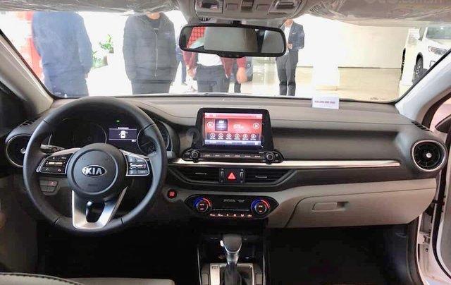 HCM- Kia Cerato phiên bản Deluxe all new 2019 - cam kết giá tốt, tặng PK đi kèm1