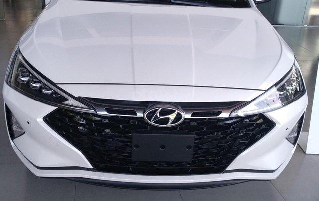 Bán xe Hyundai Elantra Facelift- Đà Nẵng0