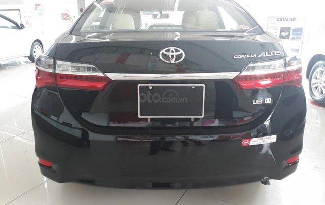 Cần bán Toyota Corolla altis 1.8G AT sản xuất 2019, màu đen2