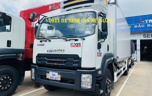 Xe tải Isuzu thùng đông lạnh, tải trọng 8 tấn3