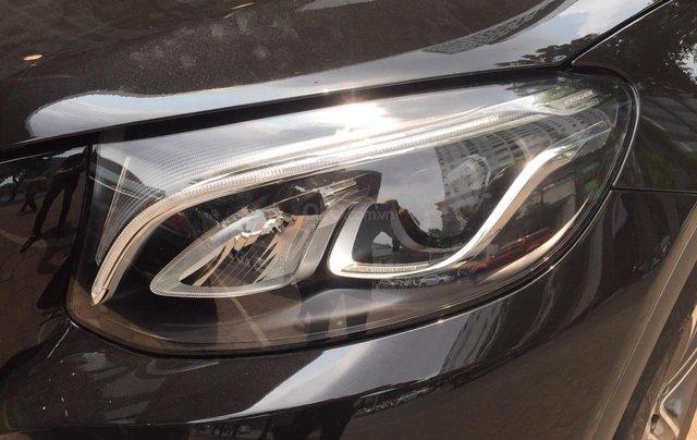 Cần bán Mercedes GLC 200 đăng ký 2019, màu đen4