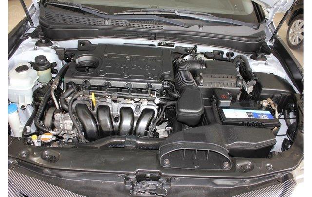 HCM: Hyundai Sonata 2011, màu trắng, xe nhập15