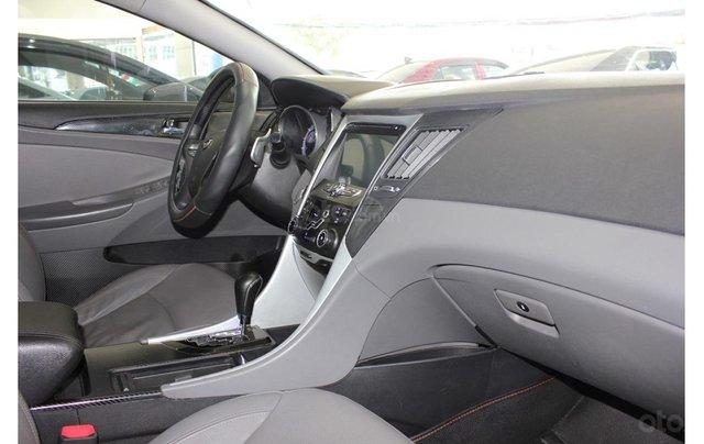 HCM: Hyundai Sonata 2011, màu trắng, xe nhập7