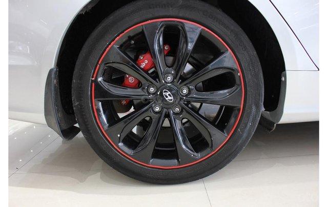 HCM: Hyundai Sonata 2011, màu trắng, xe nhập6