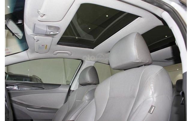 HCM: Hyundai Sonata 2011, màu trắng, xe nhập12