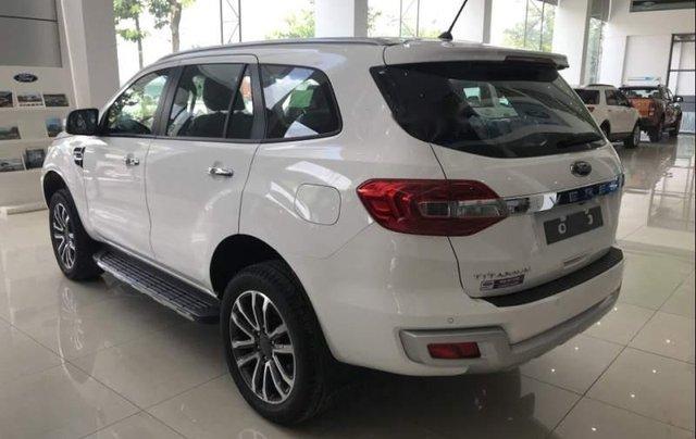 Bán Ford Everest 2019, màu trắng, nhập khẩu nguyên chiếc4