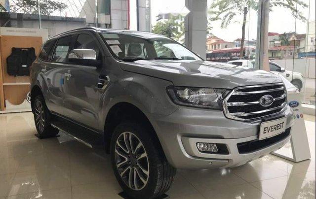 Cần bán Ford Everest đời 2019, màu bạc, nhập khẩu nguyên chiếc, thiết kế hiện đại, tiện nghi1