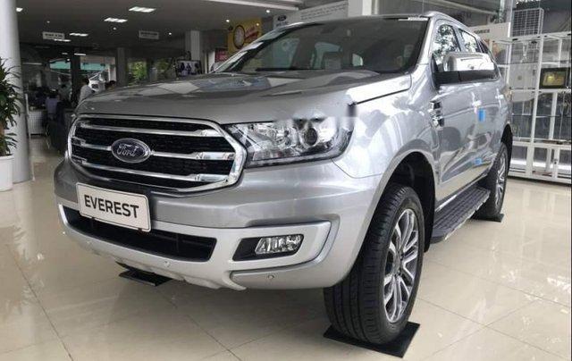Cần bán Ford Everest đời 2019, màu bạc, nhập khẩu nguyên chiếc, thiết kế hiện đại, tiện nghi0
