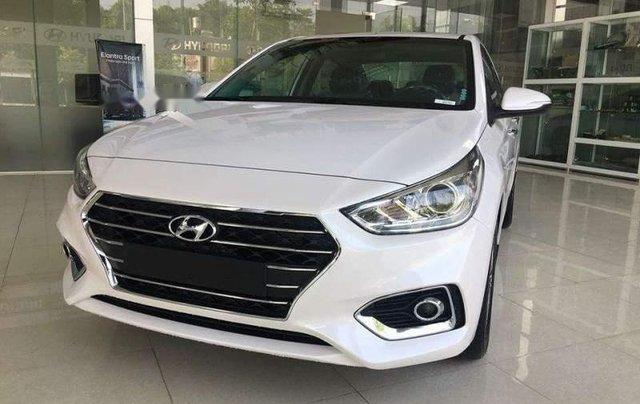 Bán Hyundai Accent đời 2019, màu trắng0