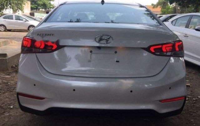 Bán Hyundai Accent đời 2019, màu trắng1