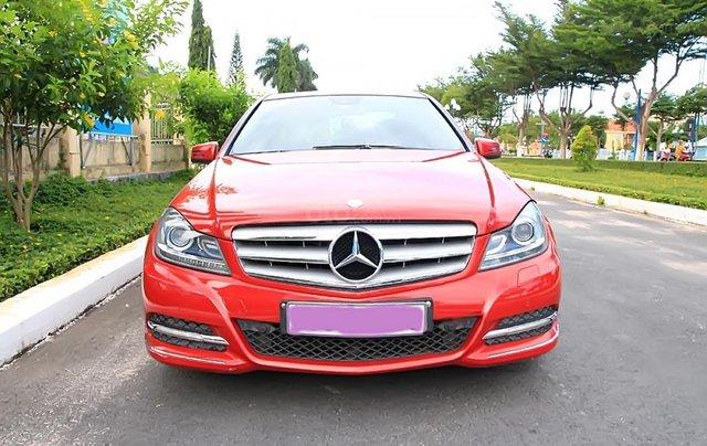 Bán Mercedes C200 AT năm 2011, màu đỏ, giá 632tr1