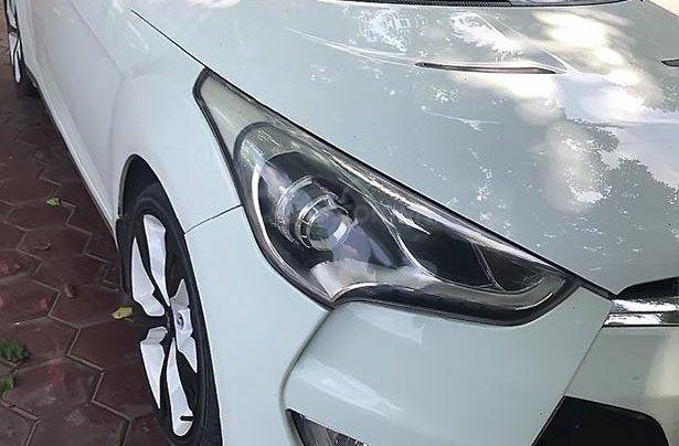 Xe Hyundai Veloster sản xuất 2012, màu trắng, nhập khẩu nguyên chiếc  0