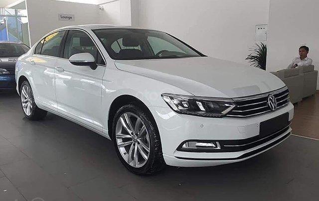 Bán Volkswagen Passat 1.8 Bluemotion 2018, màu trắng, nhập khẩu0