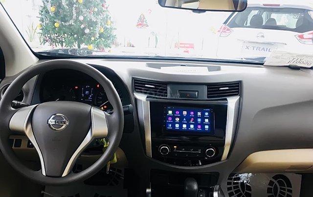 Bán Nissan Navara EL Premium R đời 2019, màu xanh lam, nhập khẩu4