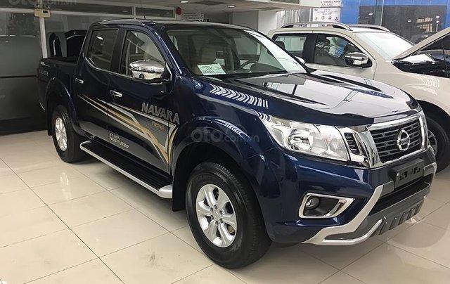 Bán Nissan Navara EL Premium R đời 2019, màu xanh lam, nhập khẩu0