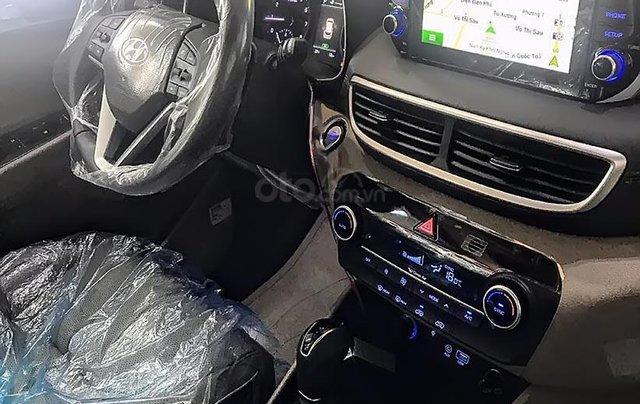 Bán xe Hyundai Tucson 1.6 AT Turbo đời 2019, màu đỏ. Xe mới hoàn toàn1