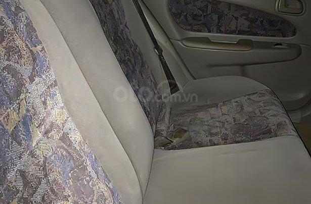 Xe Toyota Corolla đời 2001, màu bạc, giá tốt1