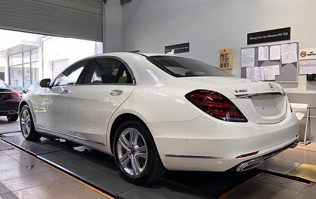 Xe Mercedes S450L đời 2017, màu trắng như mới0