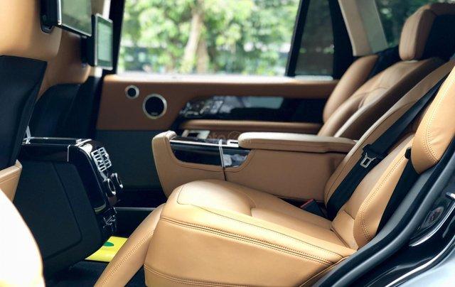 Bán ô tô LandRover Range Rover Autobio LWB SX 2018, màu đen, siêu siêu lướt 5000 km, LH: 0982.84.28388