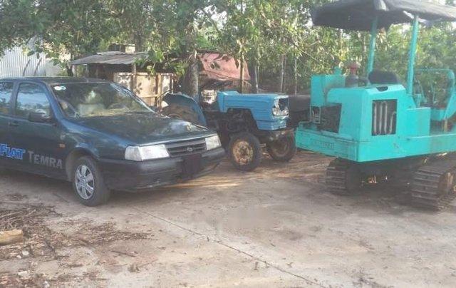 Cần bán Fiat Tempra năm 1997, máy móc êm ru3