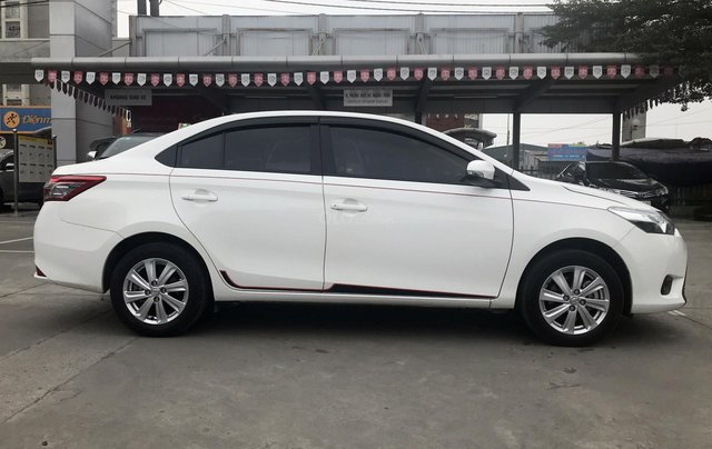 Cần bán xe Toyota Vios 1.5G AT 2017, màu trắng giá cạnh tranh1