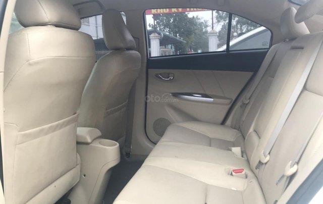Cần bán xe Toyota Vios 1.5G AT 2017, màu trắng giá cạnh tranh4