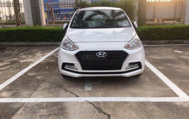 Bán Hyundai Grand i10 Sedan dành cho gia đình sử dụng0