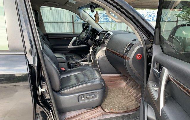 Bán ô tô Toyota Land Cruiser VX 2014, màu đen, đăng ký một chủ từ đầu6