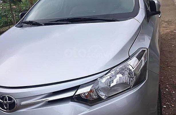 Bán xe Toyota Vios đời 2017, màu bạc số tự động giá cạnh tranh0