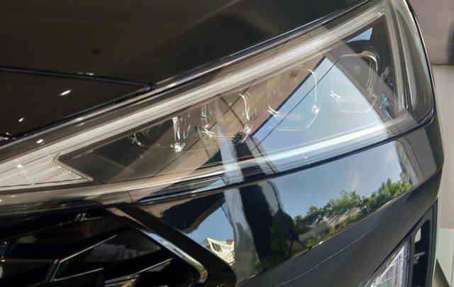 Bán Elantra Facelift nhiều ưu đãi hấp dẫn, liên hệ ngay để được nhiều ưu đãi tốt, 09070991081
