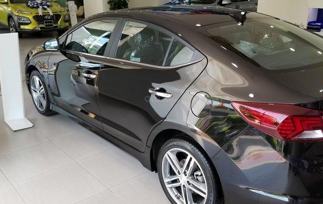 Bán Elantra Facelift nhiều ưu đãi hấp dẫn, liên hệ ngay để được nhiều ưu đãi tốt, 09070991082