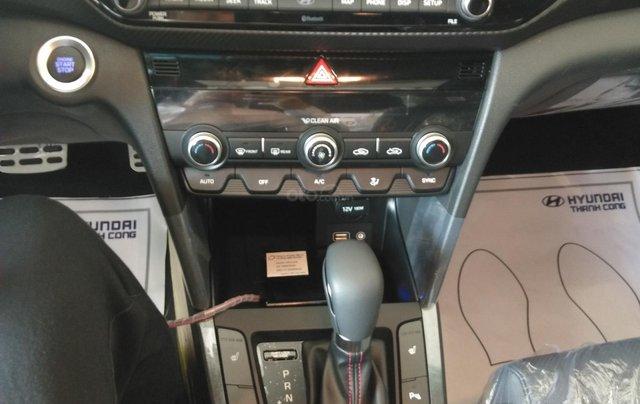 Bán Elantra Facelift nhiều ưu đãi hấp dẫn, liên hệ ngay để được nhiều ưu đãi tốt, 09070991085
