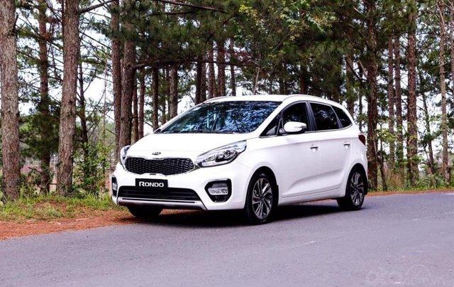 Bán xe Kia Rondo mới giá rẻ nhất thị trường, chỉ 579 triệu0