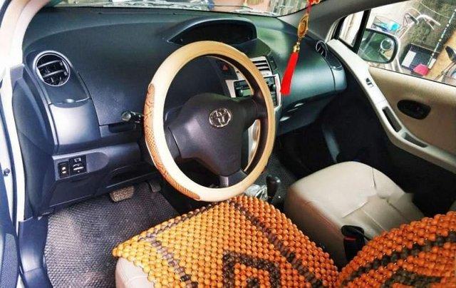 Cần bán Toyota Yaris 2006, màu bạc, nhập khẩu nguyên chiếc còn mới, giá chỉ 303 triệu4