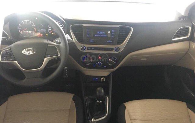 Tặng phụ kiện chính hãng - Giao xe tận nhà khi mua xe Hyundai Accent 1.4 MT Base năm 2019, màu trắng3
