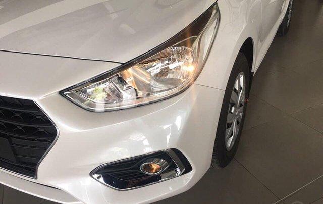 Tặng phụ kiện chính hãng - Giao xe tận nhà khi mua xe Hyundai Accent 1.4 MT Base năm 2019, màu trắng5