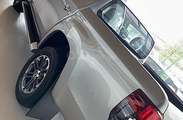 Cần bán xe Mitsubishi Triton sản xuất 2019, màu xám, nhập khẩu 1
