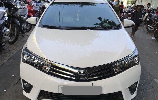 Gia đình cần bán xe Altis 2015, số sàn, màu trắng0